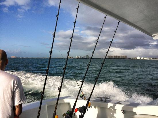 To sea picture of miami fishing on the hot shot miami for Fishing in miami florida