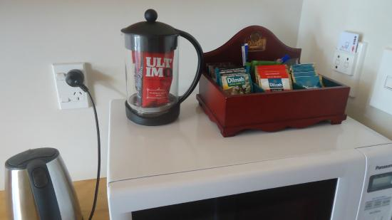 Waitomo Lodge: plunger coffee, selection of teas (Dilma), coffees (instant, decaf), and sweeteners (equal)