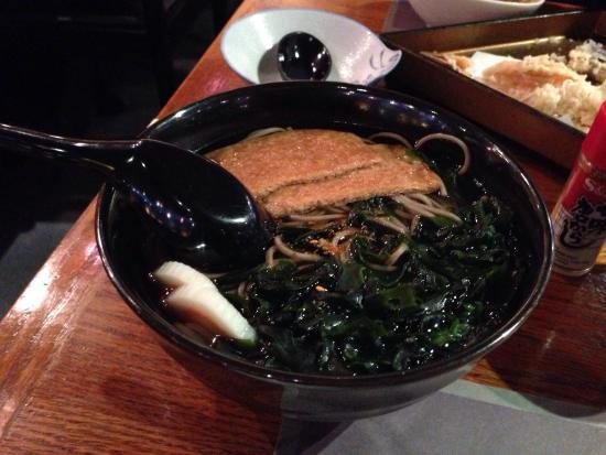 Take Sushi Restaurant : 無理言ってお願いしたキツネ蕎麦