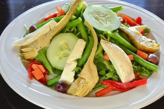 Fresh Gourmet salad - Picture of Bella Nonna, Greenwich - TripAdvisor