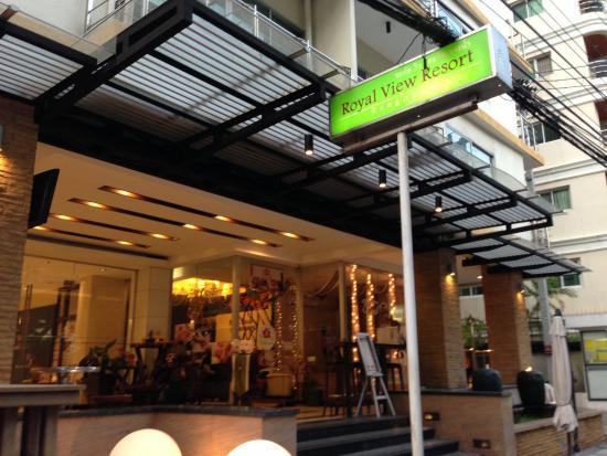 Royal View Resort: ホテルの入口