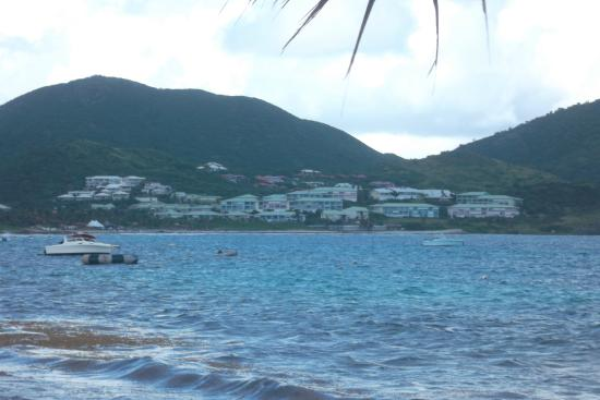 Hotel Mont Vernon: View of Residences from Orient Beach