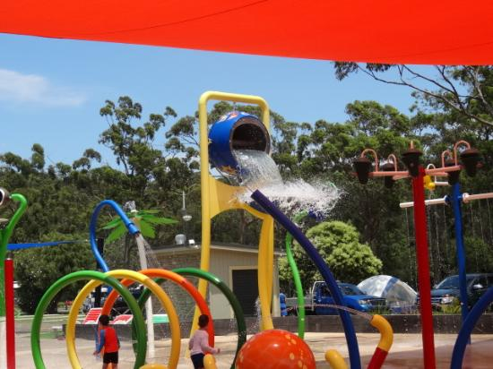 NRMA Ocean Beach Holiday Park: The water park near the camping grounds