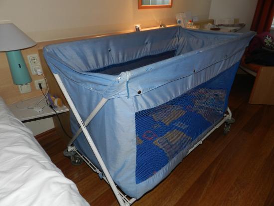 Ibis Bonn: Это детская кроватка
