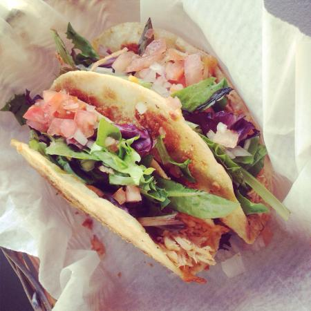 Kabanas by Good Eats: Fresh chicken tacos right off Sandy Beach!