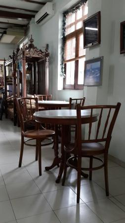 Heeren Tea Room: One corner