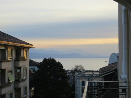 Best Western Plus Hotel Mirabeau: Balcony view towards lake
