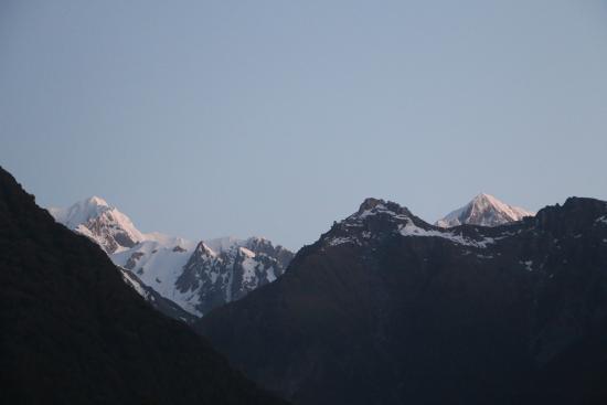 Mount Cook & Mount Tasman - views from Misty Peaks