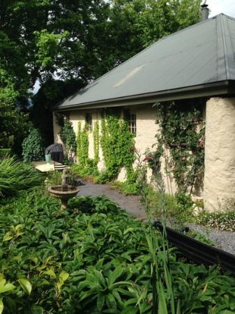 Old Wesleydale Heritage Accomodation: the cottage