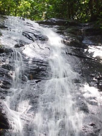 Bangar, Brunei: Mini Waterfall