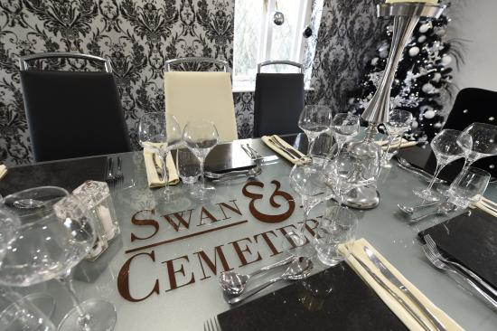 Swan & Cemetery: PRIVATE DINING