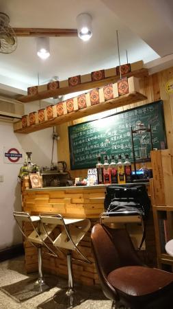 巷木咖啡Oaken Caf'e