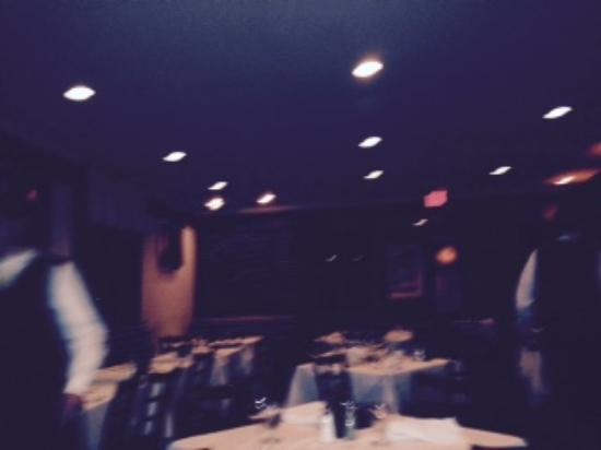 Cafe Lucci: main dining area - sorry it is a bit blurry but oyou still can get the idea that it is intimate