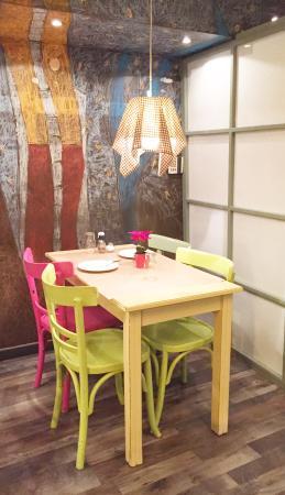 Rififi: Candy-colored interior