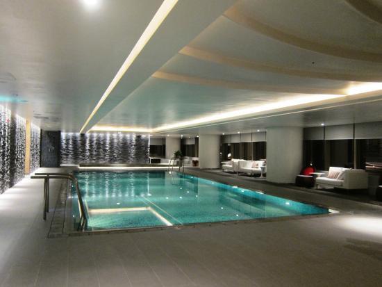 Lotte Hotel Hanoi Swimming Pool