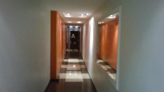 Hostel Suites Obelisco : Corredor