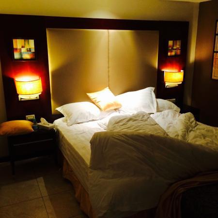 Boudl Gardenia Resort: Very comfortable bed