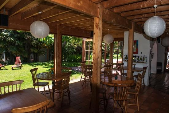 Sans Souci Inn: A lovely place.