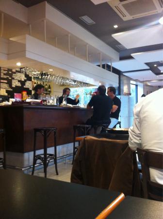 Restaurante via fora donostia en san sebasti n con - Cocinas san sebastian ...