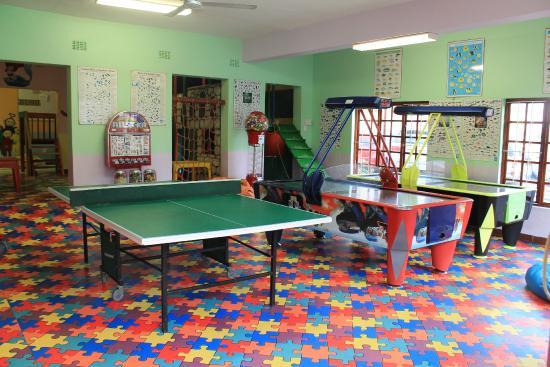 Pumula Beach Hotel: Kids Games Room