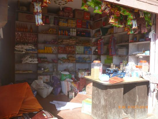 Sailung Village Hotel : the only shop that open