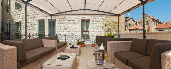 Marmont Hotel Heritage: Terrace