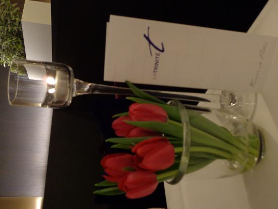 La Trinite: Mooie tulpjes, en een mooi menu !