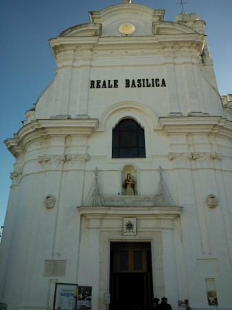 Basilica Pontificia Minore Madonna del del Pozzo