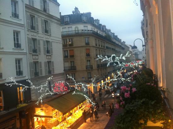 Bedroom picture of grand hotel leveque paris tripadvisor for Cler hotel paris