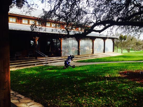 Hunter Ranch Golf Course: View of the restaurant
