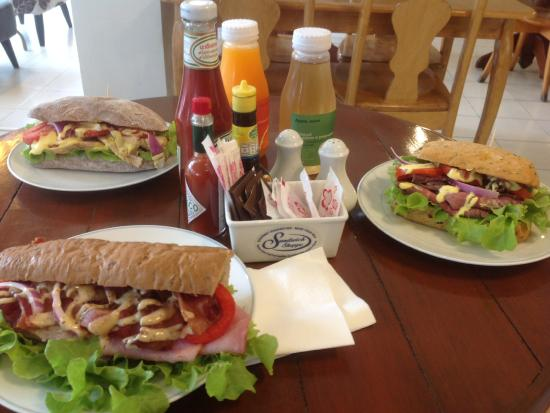 Sandwich Shoppe Chalong: Sandwiches made to your specs