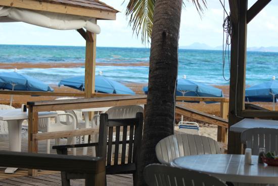Mr. Busby's Beach Bar: Ocean view tables , pic by Bob Pecchia