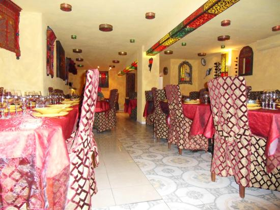 La Table Du Maroc Chez Oucine Moroccan Restaurant 23 Rue D Angleterre In Nice Fr Tips And