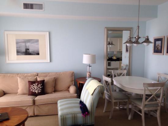 Harborside Suites at Little Harbor: Coin salon