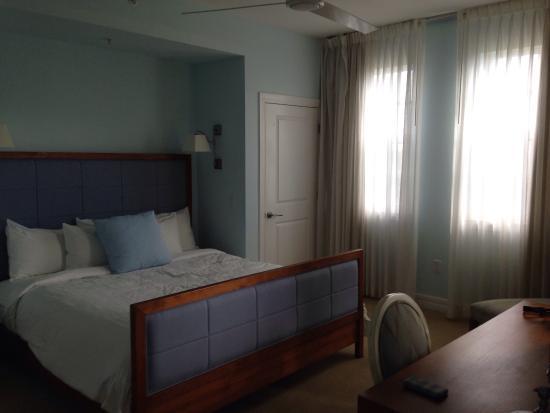 Harborside Suites at Little Harbor: Chambre