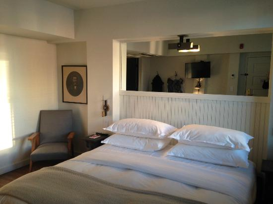 The Dean Hotel : Room with a King Bed
