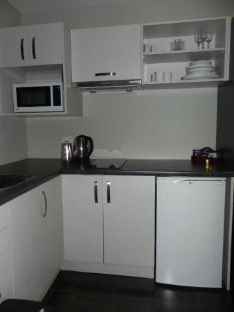 315 Motel Riccarton: Kitchenette in the Studio Suite