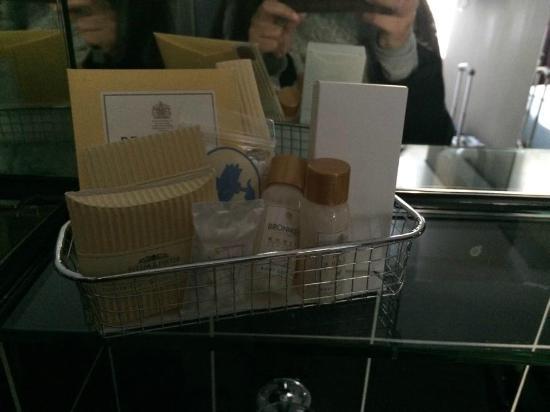 Hotel Limmatblick: set da bagno