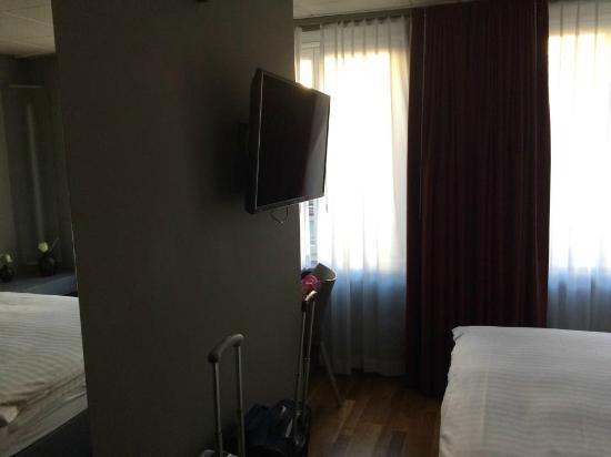 Hotel Limmatblick: camera foto 2