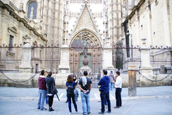 apie Experiencias Turisticas Guiadas