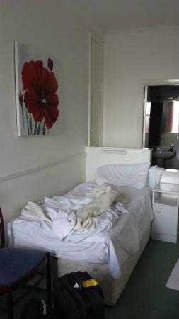 Dergvale Hotel: bedroom