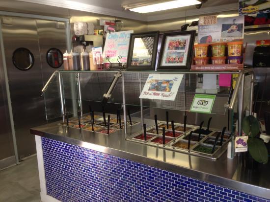 Chilly Jilly'z Bakery & Cafe : toppings