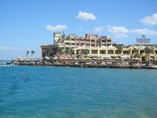Sunny Days Mirette Family Resort & SPA : Пляж