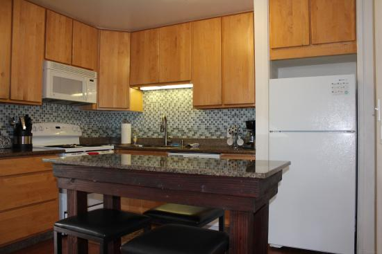 Turtle Bay Condos: Lovely kitchen