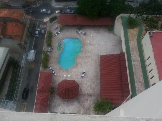 Hotel Princesa Louca : piscina suja