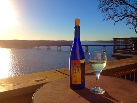 Shawnee Bluff Winery: See what I mean about the view?!