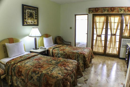Toby's Resort: Deluxe Room