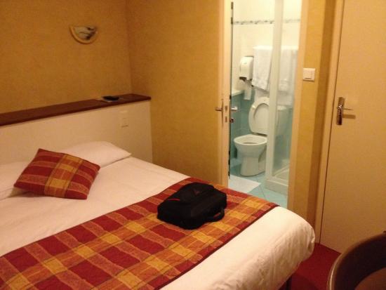 Hotel du Chateau: Chambre Rez de chaussée