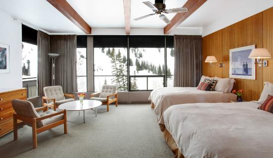 Alta Lodge: Large Corner Room