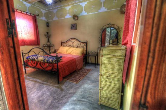 Kasbah Imini: chambres décorées avec produits artisanaux